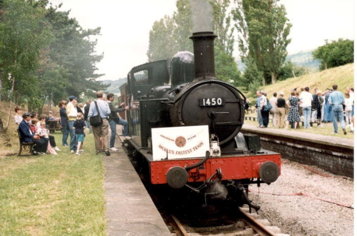 98-6-18 Return of steam to Cheltenham Racecourse Station (but the